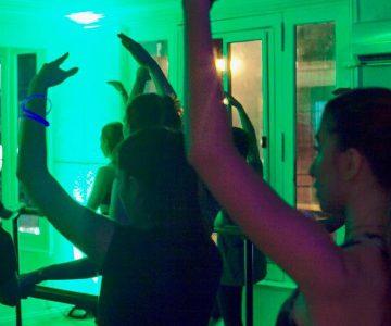 we-night-dance